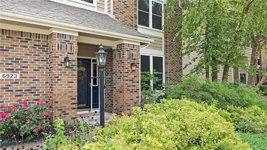 6923 Bluffgrove Circle Indianapolis, IN 46278 | MLS 21667815 | photo 39
