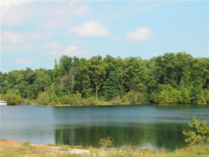 4960 S County Road 210 W Greensburg IN 47240 | MLS 21667827 | photo 1