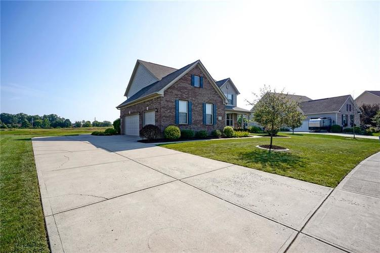 2791 CHALBURY Drive Plainfield, IN 46168 | MLS 21667895 | photo 5