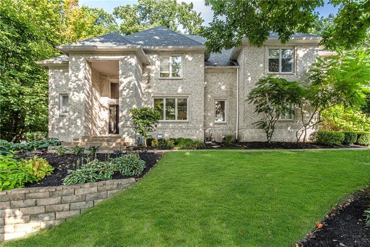 9121  Walnut Grove Drive Indianapolis, IN 46236 | MLS 21667944