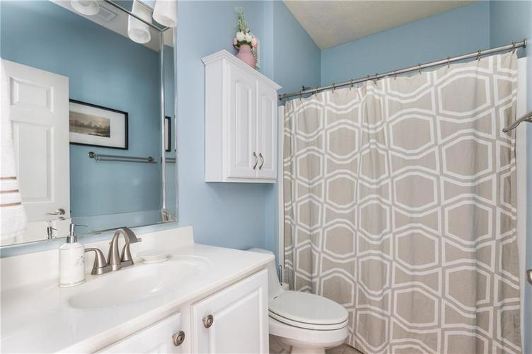 1017 Reserve Way Indianapolis, IN 46220 | MLS 21667953 | photo 13