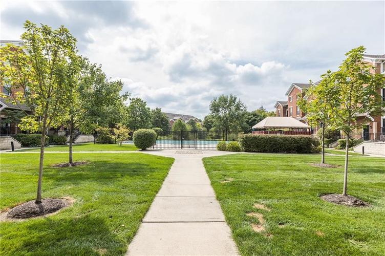 1017 Reserve Way Indianapolis, IN 46220 | MLS 21667953 | photo 25