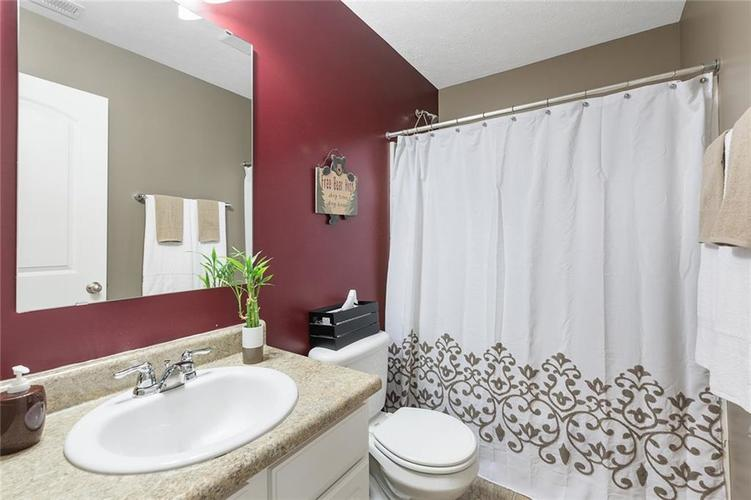 12238 Rally Court Noblesville, IN 46060 | MLS 21667979 | photo 12