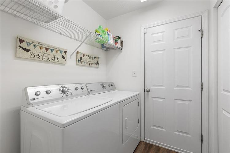 12238 Rally Court Noblesville, IN 46060 | MLS 21667979 | photo 18