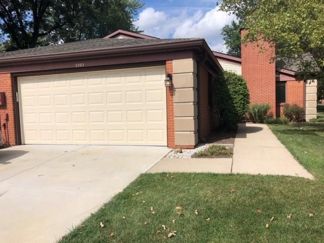 2202  Emily Drive Indianapolis, IN 46260 | MLS 21668025