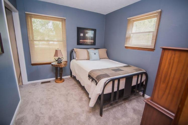 5041 S State Avenue Indianapolis, IN 46227 | MLS 21668062 | photo 12
