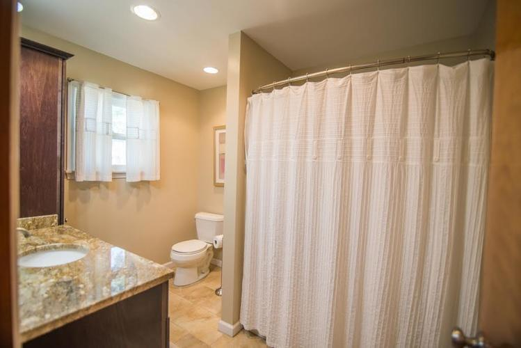 5041 S State Avenue Indianapolis, IN 46227 | MLS 21668062 | photo 14