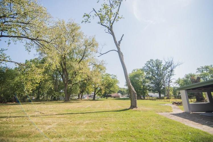 5041 S State Avenue Indianapolis, IN 46227 | MLS 21668062 | photo 25
