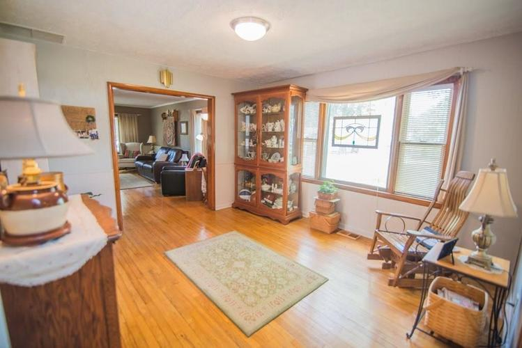 5041 S State Avenue Indianapolis, IN 46227 | MLS 21668062 | photo 6