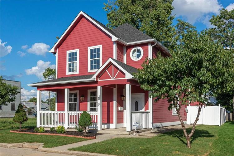 2015 N College Avenue Indianapolis, IN 46202 | MLS 21668110 | photo 1