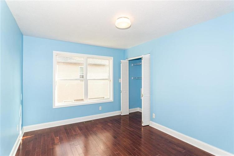 2015 N College Avenue Indianapolis, IN 46202 | MLS 21668110 | photo 16
