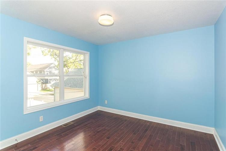 2015 N College Avenue Indianapolis, IN 46202 | MLS 21668110 | photo 18