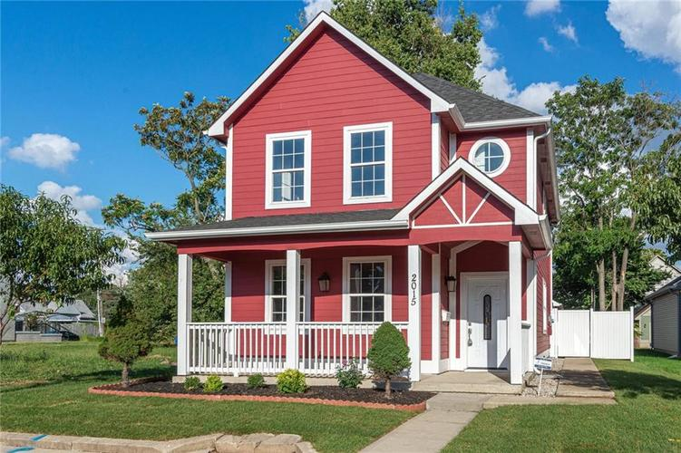 2015 N College Avenue Indianapolis, IN 46202 | MLS 21668110 | photo 2