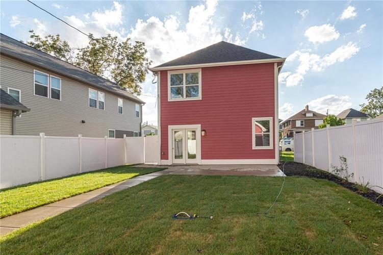 2015 N College Avenue Indianapolis, IN 46202 | MLS 21668110 | photo 23