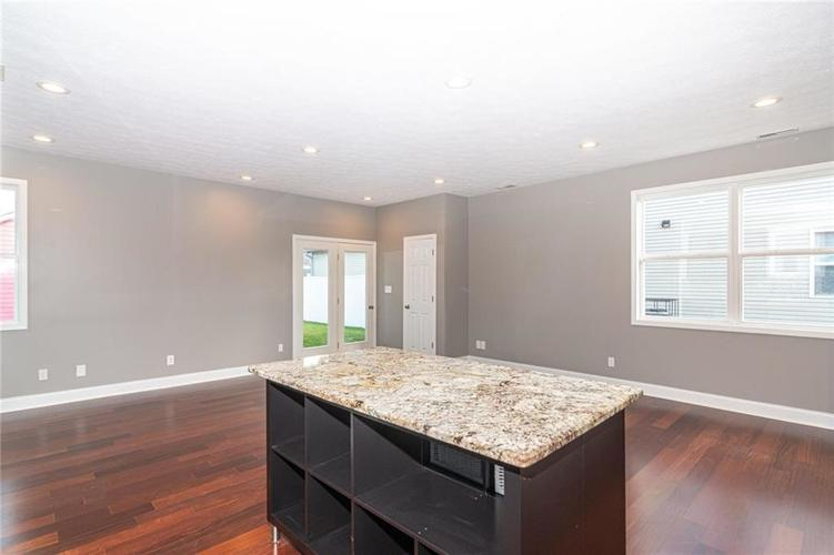2015 N College Avenue Indianapolis, IN 46202 | MLS 21668110 | photo 7