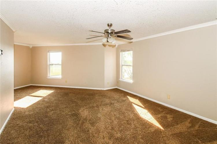 5321 Skipping Stone Drive Indianapolis, IN 46237 | MLS 21668129 | photo 15