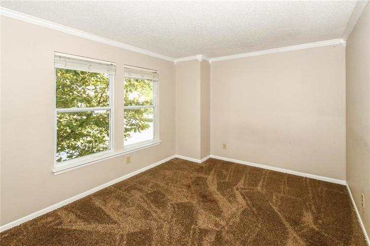 5321 Skipping Stone Drive Indianapolis, IN 46237 | MLS 21668129 | photo 20