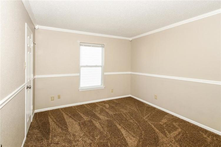 5321 Skipping Stone Drive Indianapolis, IN 46237 | MLS 21668129 | photo 22