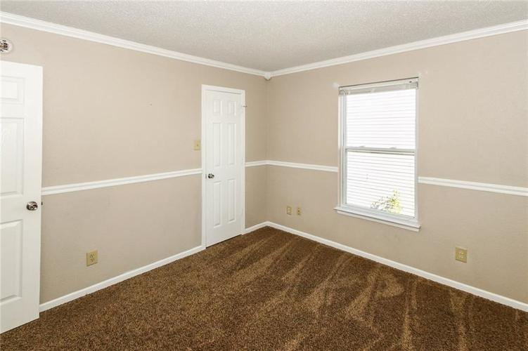 5321 Skipping Stone Drive Indianapolis, IN 46237 | MLS 21668129 | photo 23
