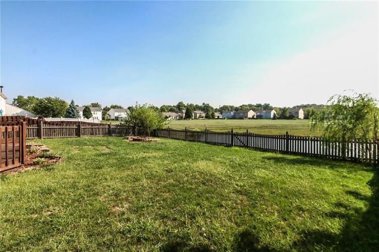 5321 Skipping Stone Drive Indianapolis, IN 46237 | MLS 21668129 | photo 28