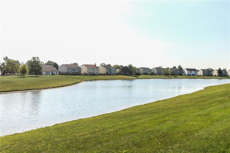 5321 Skipping Stone Drive Indianapolis, IN 46237 | MLS 21668129 | photo 30