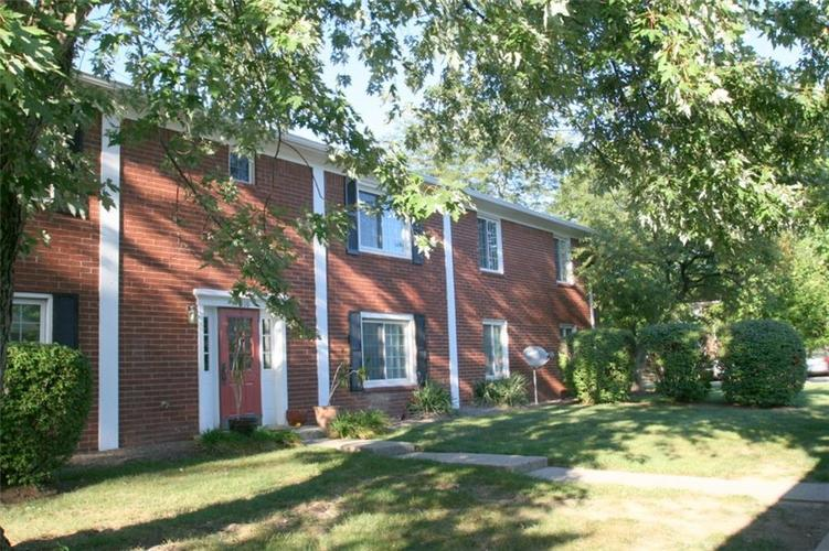 921B Hoover Village Drive Indianapolis, IN 46260 | MLS 21668147 | photo 1