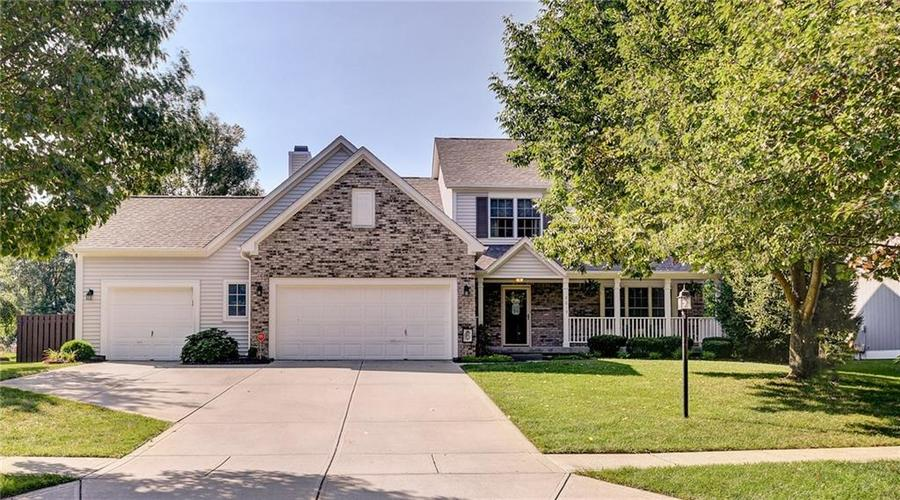 9013  SOMMERWOOD Drive Noblesville, IN 46060 | MLS 21668159