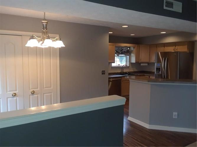 929 Eagle Brook Drive Shelbyville, IN 46176 | MLS 21668160 | photo 19