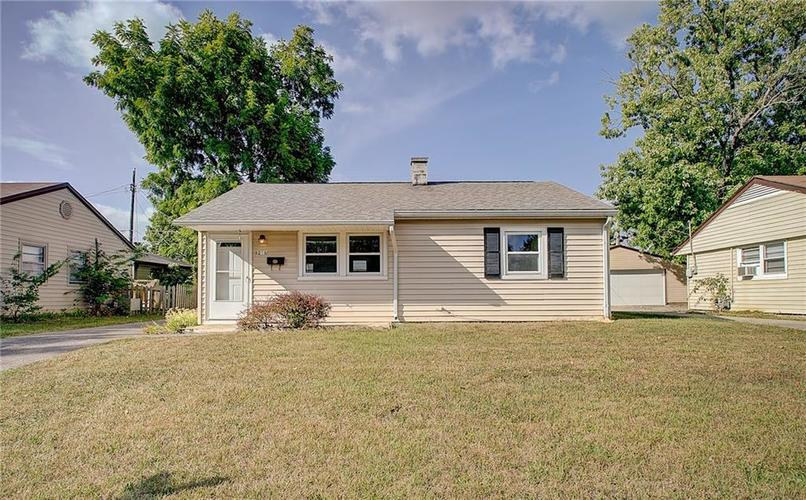 8218 E 50th Street Indianapolis, IN 46226   MLS 21668171   photo 1