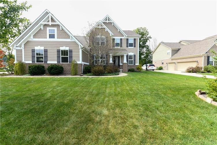 2506  FAWN BLUFF CT Court Zionsville, IN 46077 | MLS 21668192
