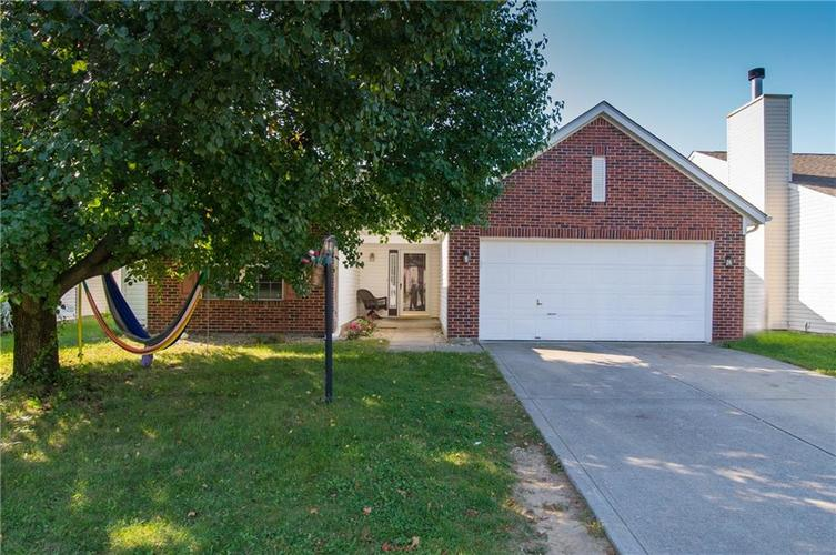 3215 Crestwell Drive Indianapolis IN 46268 | MLS 21668220 | photo 1