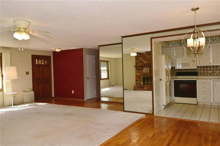 4410 Cardinal Drive Indianapolis, IN 46237 | MLS 21668227 | photo 10
