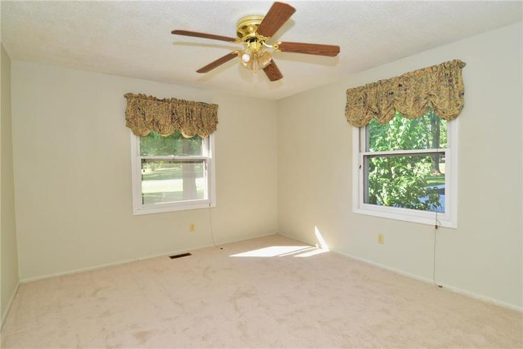 4410 Cardinal Drive Indianapolis, IN 46237 | MLS 21668227 | photo 21