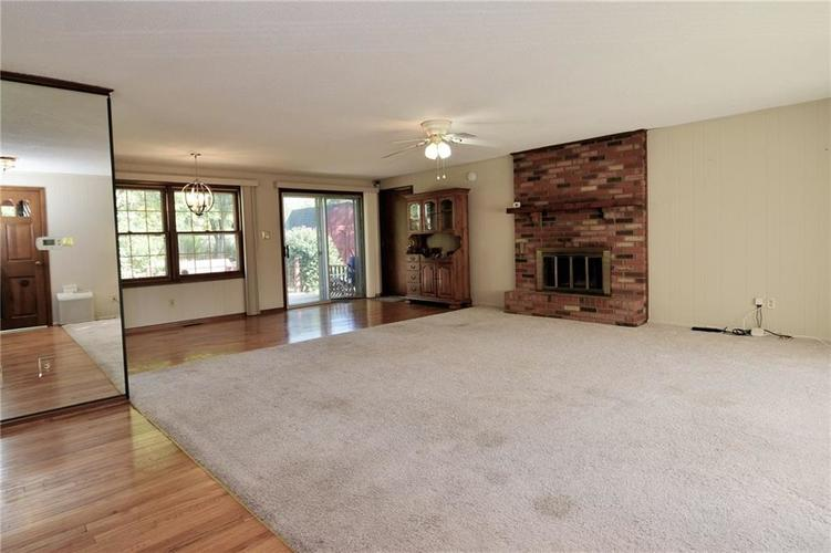 4410 Cardinal Drive Indianapolis, IN 46237 | MLS 21668227 | photo 3