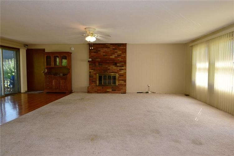 4410 Cardinal Drive Indianapolis, IN 46237 | MLS 21668227 | photo 4