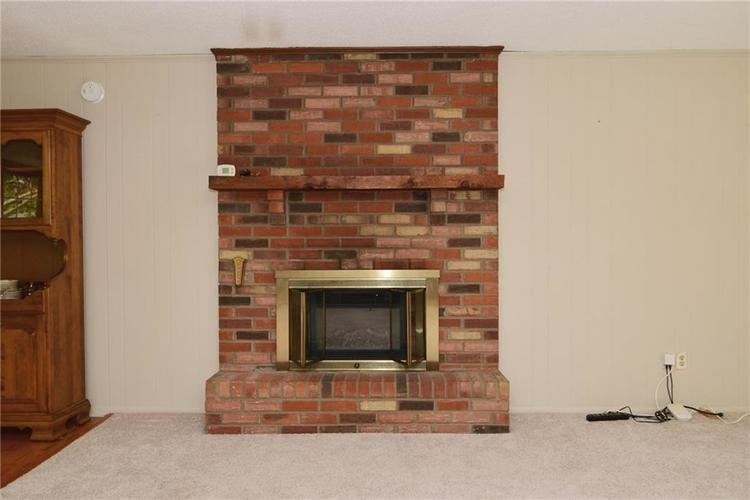 4410 Cardinal Drive Indianapolis, IN 46237 | MLS 21668227 | photo 8