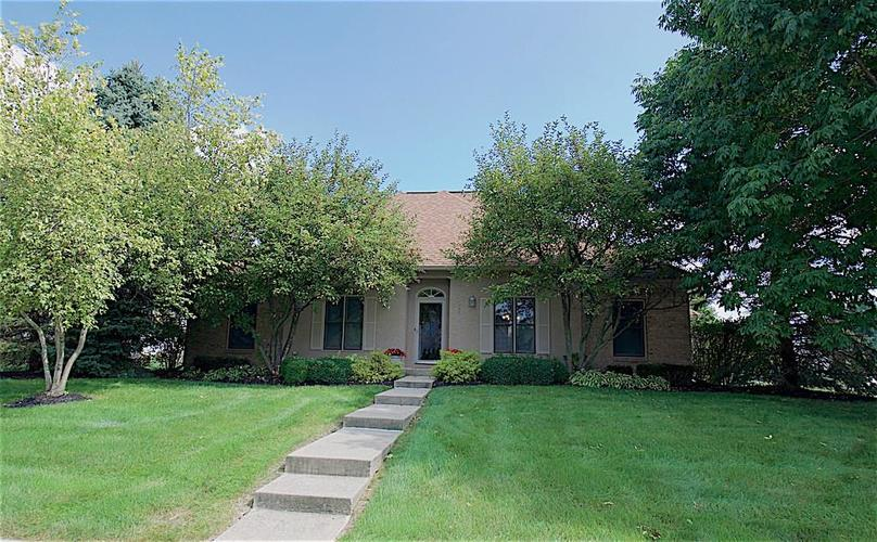 9651  PRAIRIEWOOD Way Carmel, IN 46032 | MLS 21668232