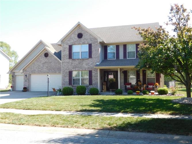 5631  Oakcrest Drive Indianapolis, IN 46237 | MLS 21668324