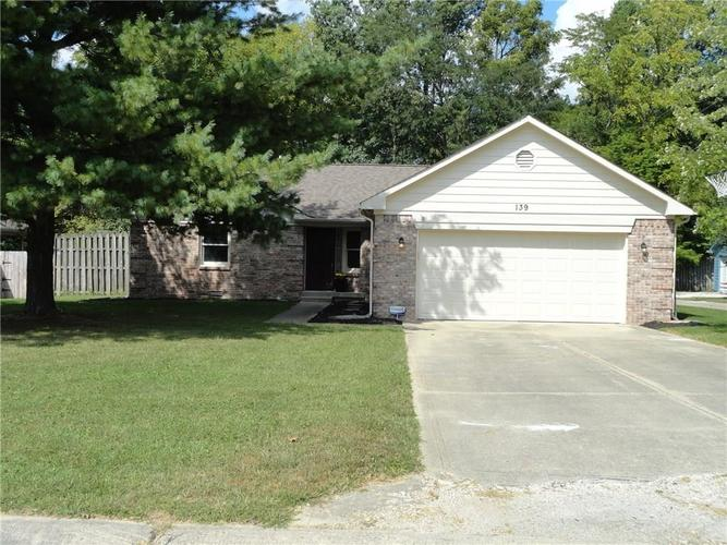 139 Justin Drive Mooresville, IN 46158 | MLS 21668354 | photo 2
