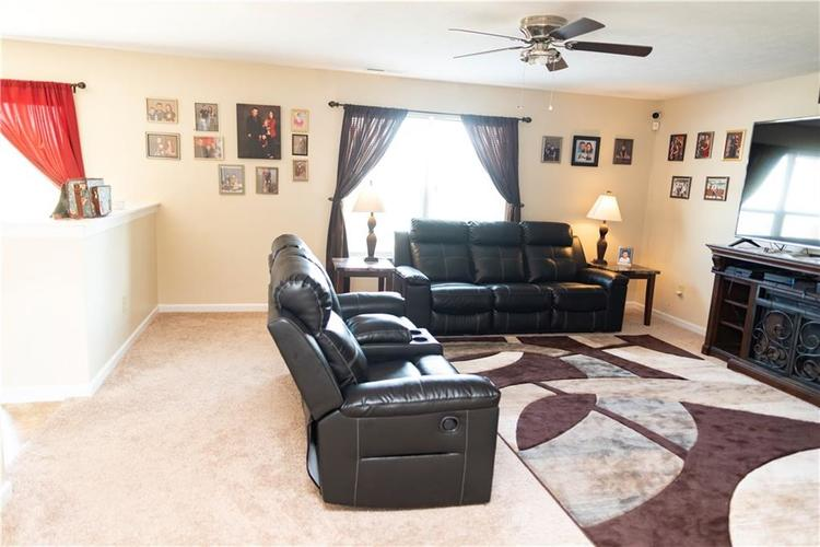 7621 Firecrest Lane Camby, IN 46113 | MLS 21668436 | photo 7