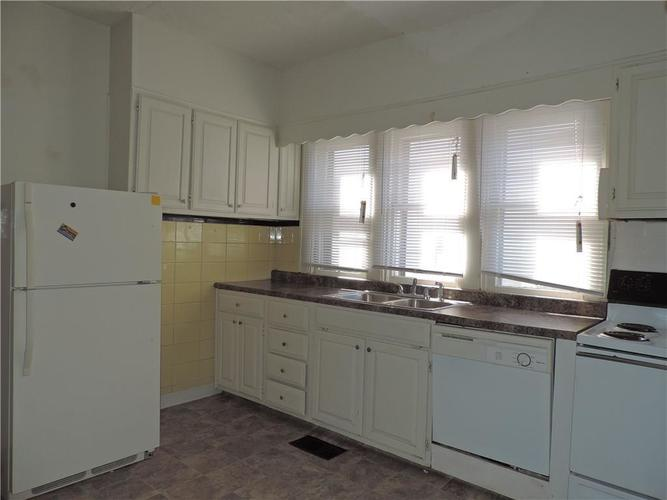 214 N Tremont Street Indianapolis, IN 46222 | MLS 21668451 | photo 11