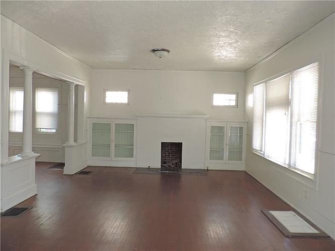 214 N Tremont Street Indianapolis, IN 46222 | MLS 21668451 | photo 2