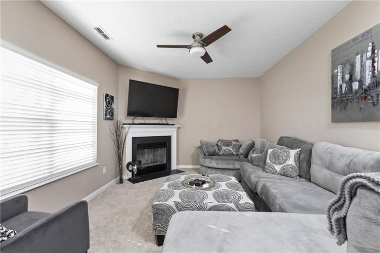 7517 Pippen Court Camby, IN 46113   MLS 21668488   photo 6