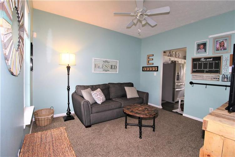 570 N COUNTY RD 1050 E Indianapolis, IN 46234 | MLS 21668511 | photo 10