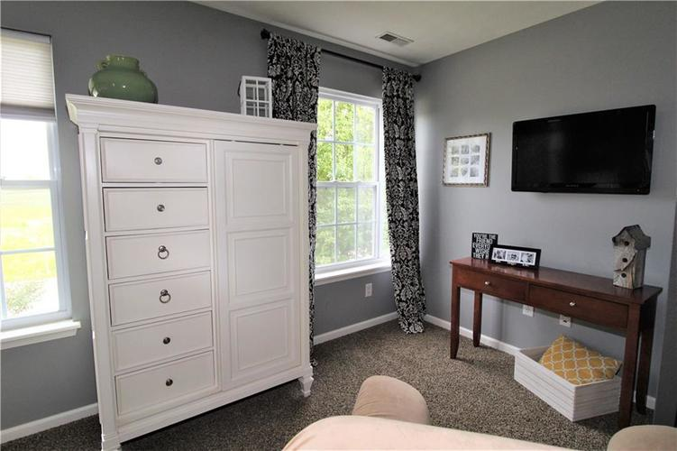 570 N COUNTY RD 1050 E Indianapolis, IN 46234 | MLS 21668511 | photo 14