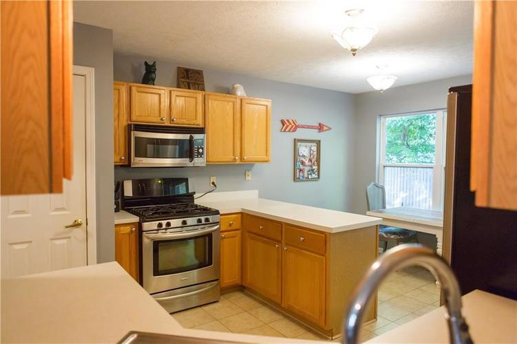 850 Charter Woods Drive Indianapolis, IN 46224 | MLS 21668593 | photo 8