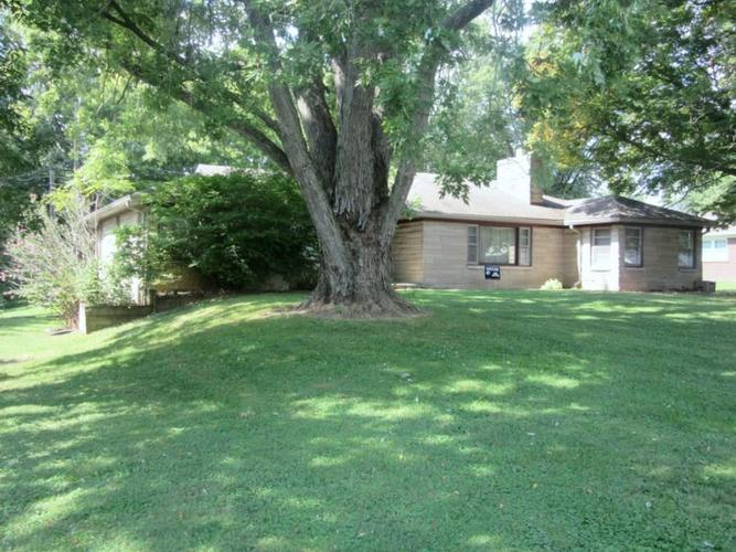 105 Circle Drive New Market, IN 47965 | MLS 21668630 | photo 1