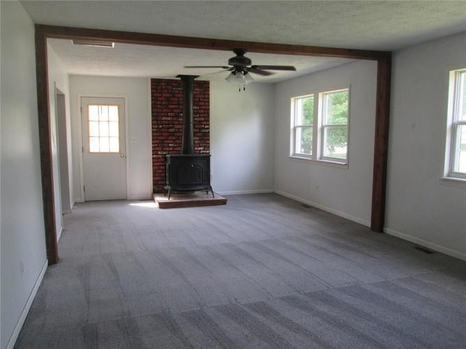 3056 W County Road 425 South Greencastle, IN 46135 | MLS 21668667 | photo 2