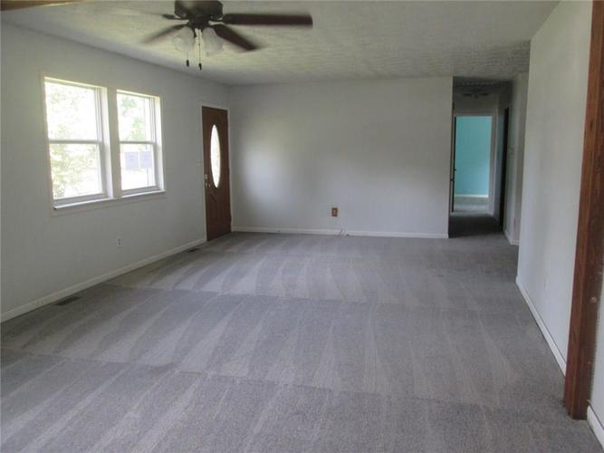 3056 W County Road 425 South Greencastle, IN 46135 | MLS 21668667 | photo 3
