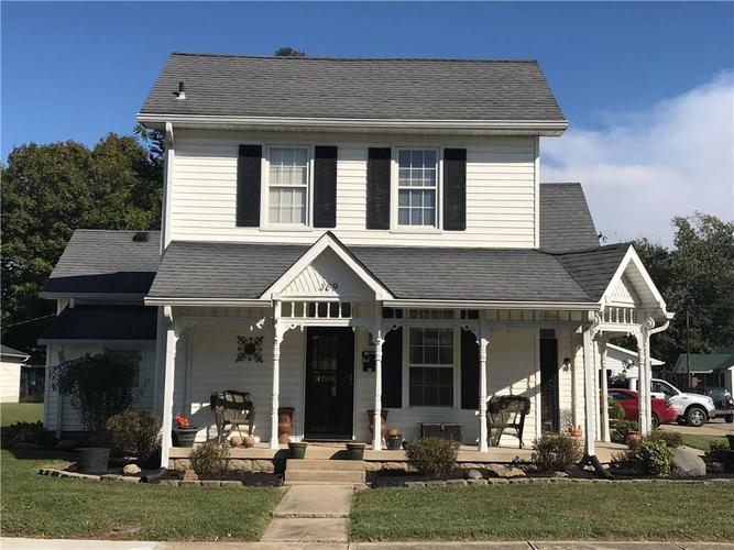 389 S Lincoln Street Martinsville, IN 46151 | MLS 21668683 | photo 1